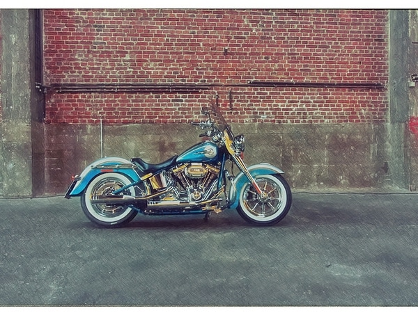 Harley-Davidson-Screaming-Eagle-2